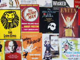 NYC Street Art - Patchwork of Old Posters of Broadway Musicals - Times Square - Manhattan Fotografisk trykk av Philippe Hugonnard