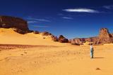 Tuareg in Desert, Sahara Desert, Algeria Fotografisk trykk av  DmitryP