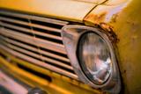 Retro Style Vintage Rusty Car Reproduction photographique par Mr Doomits