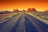 Road to Monument Valley at Sunset Fotografie-Druck von  prochasson