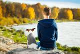 Boy and Dog Valokuvavedos tekijänä Javier Brosch