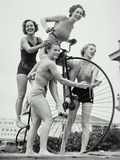 SUMMER CYCLISTS Fotografie-Druck von Archive Holdings Inc.