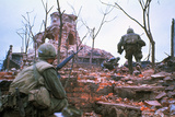 American Marines Advancing up Outer Wall of Citadel Reproduction photographique par Kyoichi Sawada