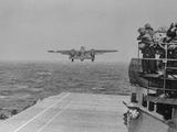 Doolittle Raid on Tokyo,B-25 Leaves USS Hornet Fotoprint