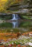 Autumn waterfall in McCormics Creek State Park, Indiana, USA Impressão fotográfica por Anna Miller