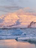 Jokulsarlon with Glacier Breidamerjokull, Vatnajokull NP. Iceland Stampa fotografica di Martin Zwick