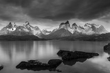 Cordillera Del Paine. Granite Monoliths. Torres Del Paine NP. Chile Reproduction photographique par Tom Norring