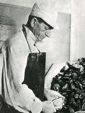 Opening Oysters 1930s Fotografisk tryk