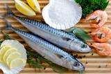 Seafood, Fish - Fresh Mackerel and Shrimps in Cuisine Fotografisk tryk af  Gorilla