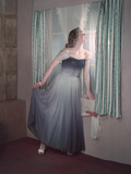 Innocence in Blue 1950s Reproduction photographique par Charles Woof