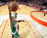 Boston Celtics v Houston Rockets Photographie par Bill Baptist