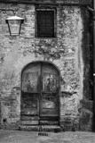 San Giminiano Door Fotografie-Druck von Moises Levy