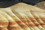 Eroded Landscape in Painted Hills Impressão fotográfica por Frank Krahmer