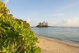 Petite Ile at Port Glaud, Mahe, Seychelles, Indian Ocean Islands Fotografisk tryk af Guido Cozzi