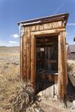 Outside Toilet, Bodie State Historic Park, Bridgeport, California, Usa Reproduction photographique par Jean Brooks