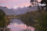 Lake Matheson with Mount Cook and Mount Tasman, West Coast, South Island, New Zealand, Pacific Reproduction photographique par Stuart Black
