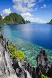 Crystal Clear Water in the Bacuit Archipelago, Palawan, Philippines, Southeast Asia, Asia Impressão fotográfica por Michael Runkel