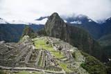 Machu Picchu, UNESCO World Heritage Site, Peru, South America Lámina fotográfica por Yadid Levy