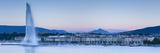 Jet D'Eau on Lake Geneva, Mont Blanc in the Distance, Geneva, Switzerland Fotografisk trykk av Jon Arnold
