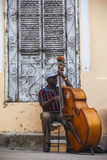 Santiago De Cuba Province, Historical Center, Street Musician Playing Double Bass Fotografie-Druck von Jane Sweeney