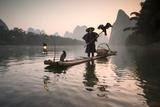 China, Guanxi, Yangshuo. Old Chinese Fisherman Lámina fotográfica por Matteo Colombo