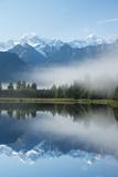 Lake Matheson in Westland National Park Fotografisk trykk av Michael Melford
