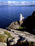 Sheep's Head Lighthouse in Bantry Bay, County Cork Fotografisk tryk af Chris Hill