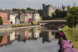 Castle and River Nore, Kilkenny, County Kilkenny, Leinster, Republic of Ireland, Europe Fotografisk trykk av Rolf Richardson
