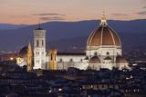 Duomo at Night from Piazza Michelangelo, Florencetuscany, Italy, Europe Fotografie-Druck von Stuart Black