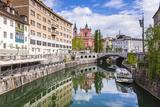 Ljubljana Triple Bridge and Franciscan Church of the Annunciation Reflected in Ljubljanica River Reproduction photographique par Matthew Williams-Ellis