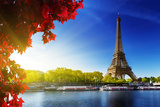 Seine in Paris with Eiffel Tower in Autumn Time Lámina fotográfica por Iakov Kalinin