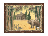 Oso y cabaña de madera Láminas por Anita Phillips