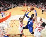 Philadelphia 76Ers v Houston Rockets Photographie par Bill Baptist