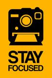 Stay Focused Polaroid Camera 2 Targa di plastica di  NaxArt