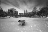 Boat in Ice, Central Park Autocollant mural par Henri Silberman