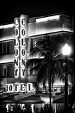 Ocean Drive with the Colony Hotel by Night - Miami Beach - Florida - USA Fotografie-Druck von Philippe Hugonnard