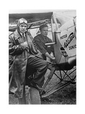 Pilot und Crewmitglied die am Europa-Rundflug teilnehmen werden, 1932 Stampa fotografica di Scherl Süddeutsche Zeitung Photo