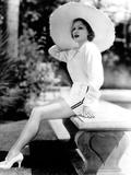 Marlene Dietrich, Sunbathing at Home, Ca. 1935 Foto