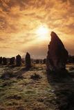 Alignements de Kermario au lever du soleil Reproduction photographique par Philippe Berthé