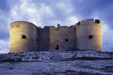 Château d'If, façade est vue de nuit Reproduction photographique par Philippe Berthé