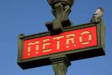 Metro Sign Paris Impressão fotográfica por Hans Peter Merten