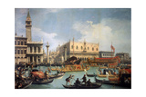 Buccentoro's Return to the Pier at the Doges' Palace, 1730S Giclée-tryk af  Canaletto