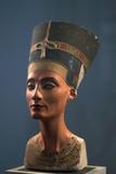 The Nefertiti Bust, Ca 1350 Bc Lámina fotográfica