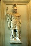Roman Statue, Temple of Mars Ultor, Rome Fotografie-Druck von A Lorenzini
