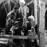 Shawl Weavers, Kashmir, India, C1900s Reproduction photographique par  Underwood & Underwood