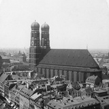 The Frauenkirche, Munich, Germany, C1900 Reproduction photographique par  Wurthle & Sons