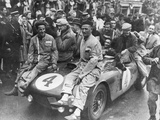 The Victorious Ferrari of Froilan Gonzalez and Maurice Trintignant, Le Mans 24 Hours, France, 1954 Fotografie-Druck