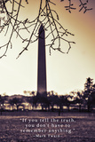 Washington Monument, Cross Processed Look in Washington, DC with Mark Twain Quote Foto