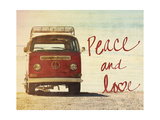 Peace and Love Giclée-Premiumdruck von Gail Peck