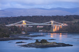 Menai Bridge Spanning the Menai Strait, Backed by the Mountains of Snowdonia National Park, Wales Reproduction photographique par Adam Burton